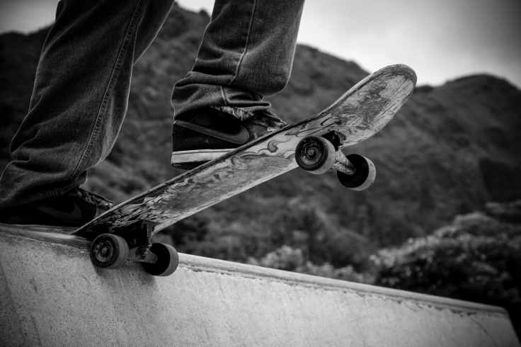 city skateboard skate